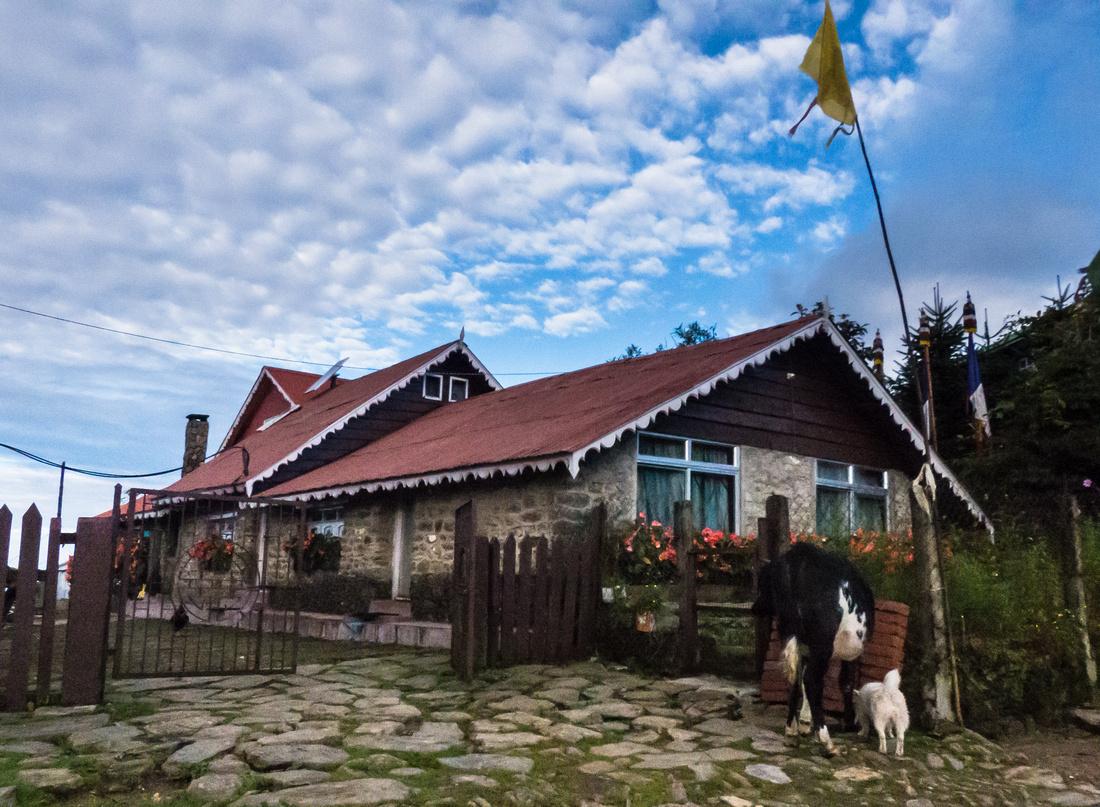 Shikar Lodge, Tumling