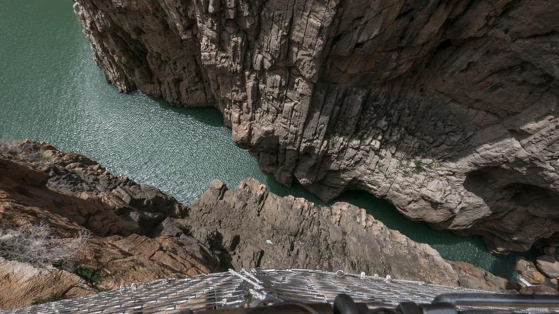 Entrance to the gorge near El Chorro