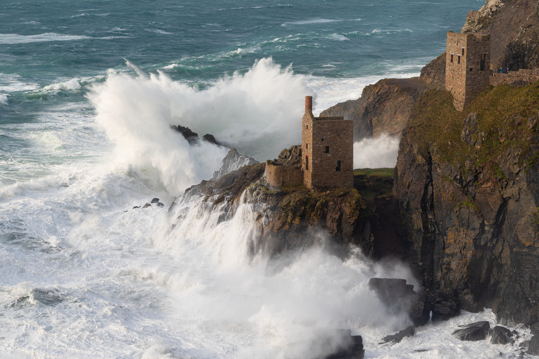Stormy seas at Crowns engine houses, Botallack