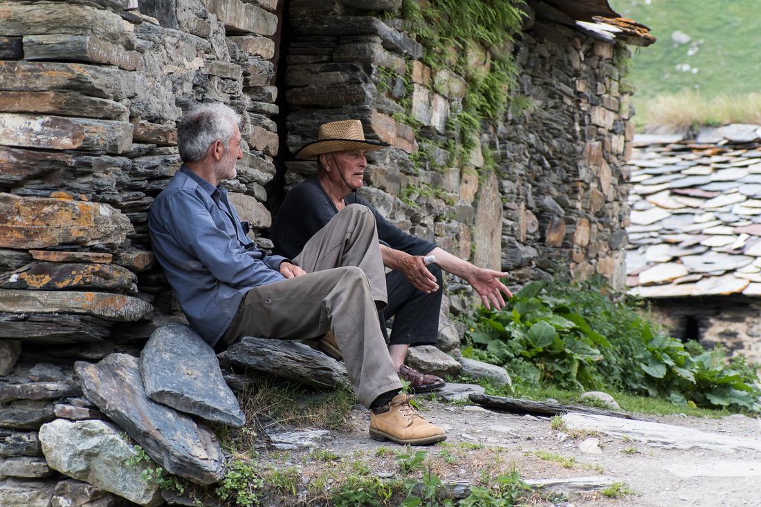 Old men in Ushgali