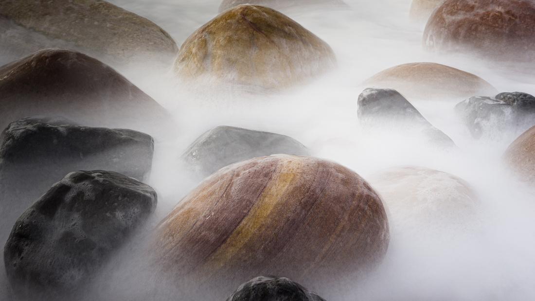 Rastwick Bay Beach Boulders