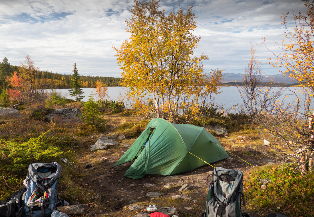 Wild camping at Stuor Dáhtá on the Kungsleden Trail