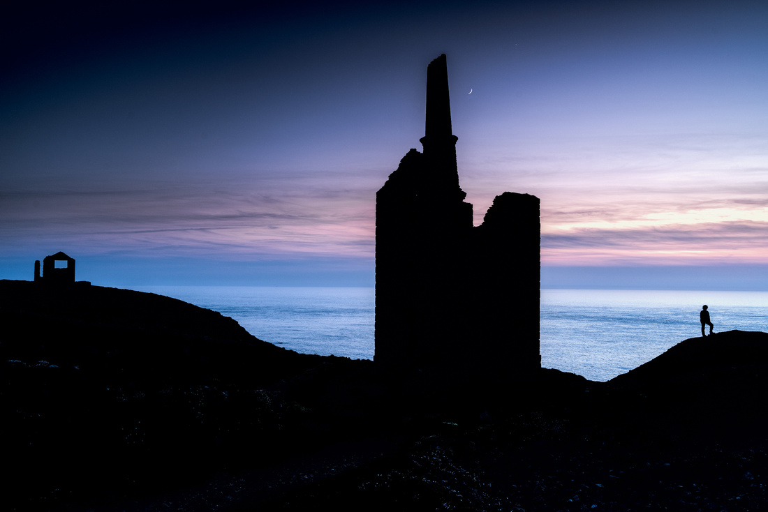 Blue hour at Wheal Owles