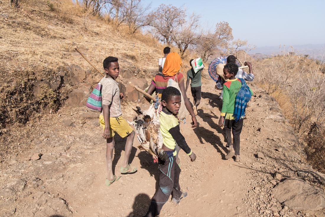 Children off the Addi Arkay Market