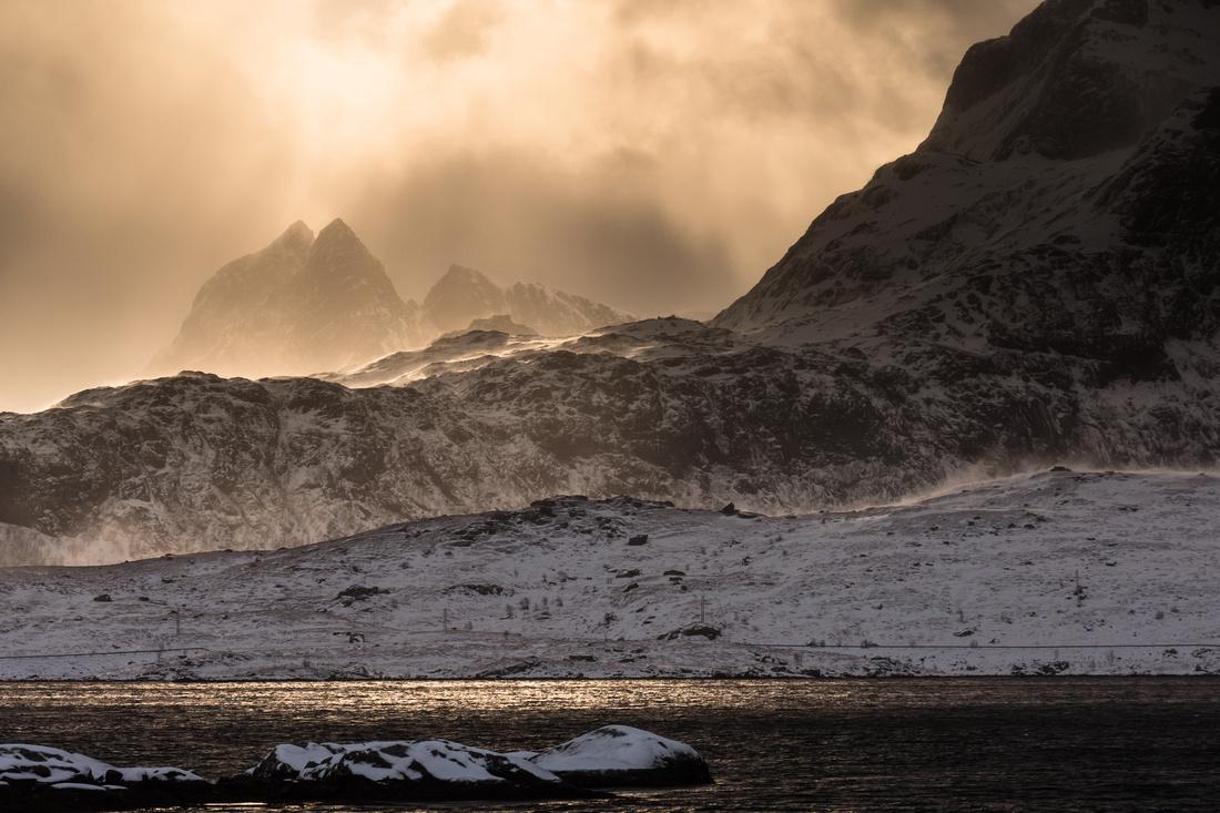 A wild winter's day in Lofoten